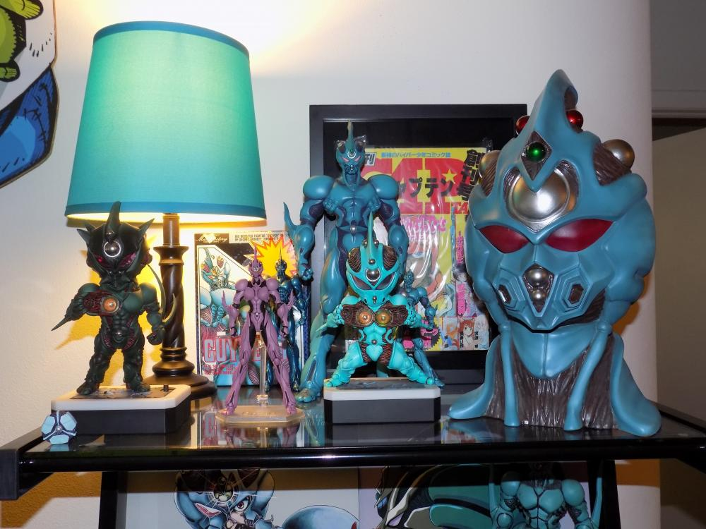 Guyver Shelf 008.jpg